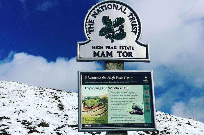 england-derbyshire-mam-tor-sign
