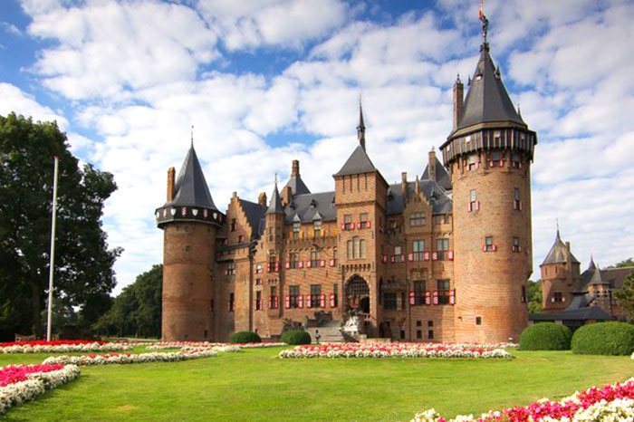 netherlands-haarzuilens-castle-view