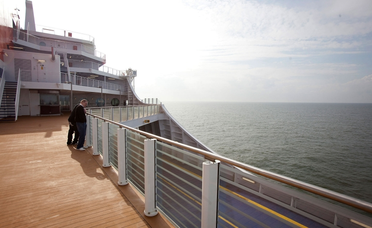 stena-line-ferries-sun-deck
