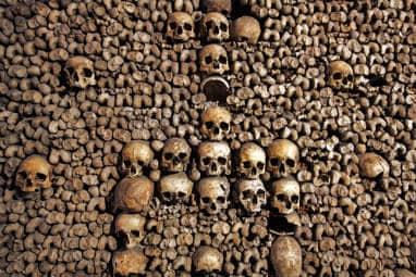 _european_halloween_destiantions_-_the_catacombs_of_paris_france