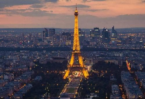 eiffel_tower_by_night