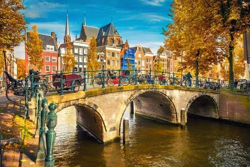 Fall destinations in Europe | Amsterdam in fall