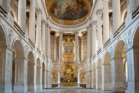 Great hall ballroom in Palace of Versailles