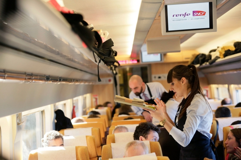 Service on board the Renfe-SNCF train
