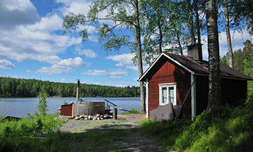 finland-lake-cottage-with-sauna