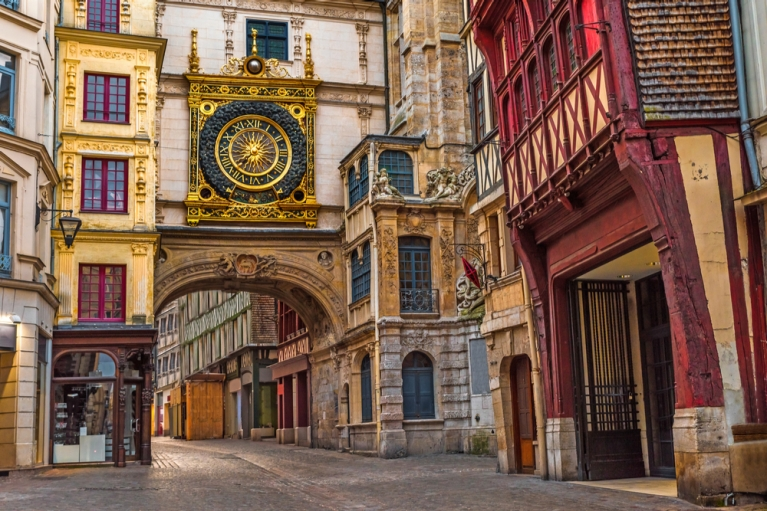 france-normandy-rouen-gros-horloge