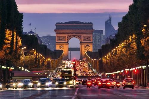paris_champs-elysees_at_night