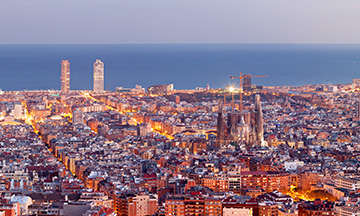 spain-barcelona-panorama-at-night